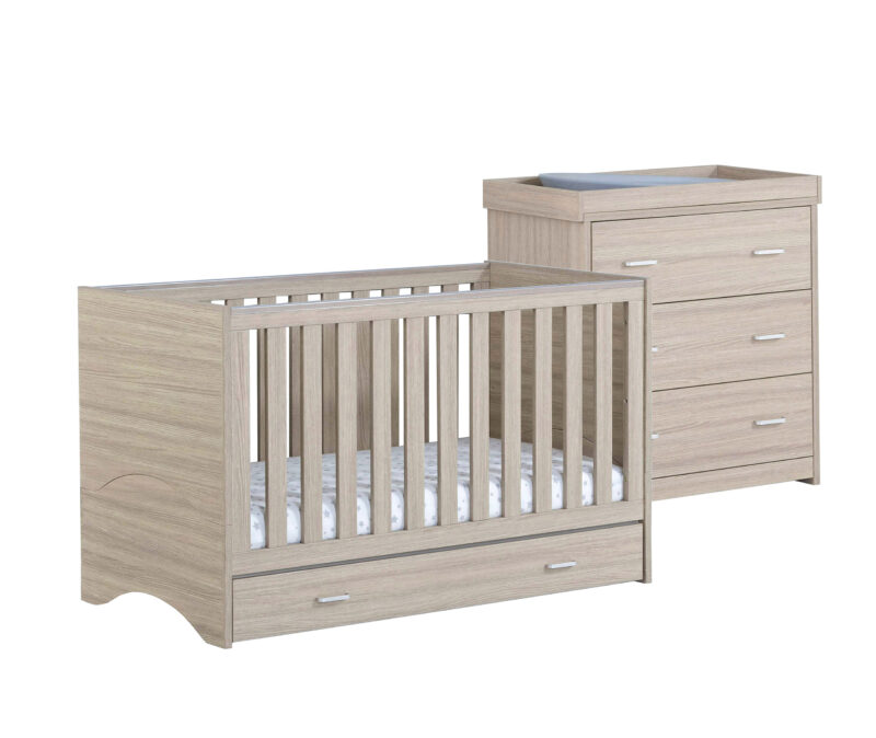 Veni cot bed with chest changer